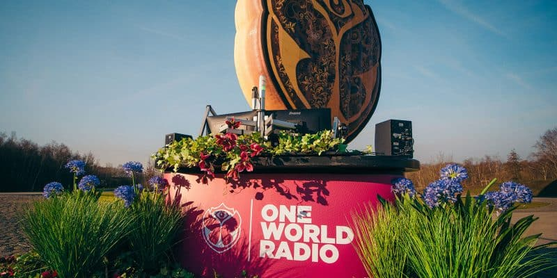 One-World-Radio